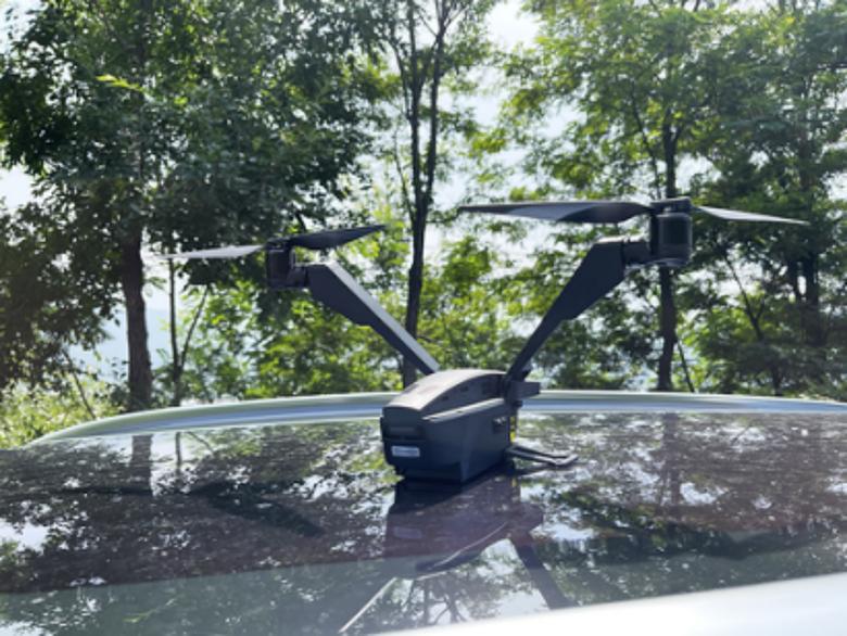 为科幻片迷打造的无人机 全球首款V型双旋翼无人机Falcon上手体验